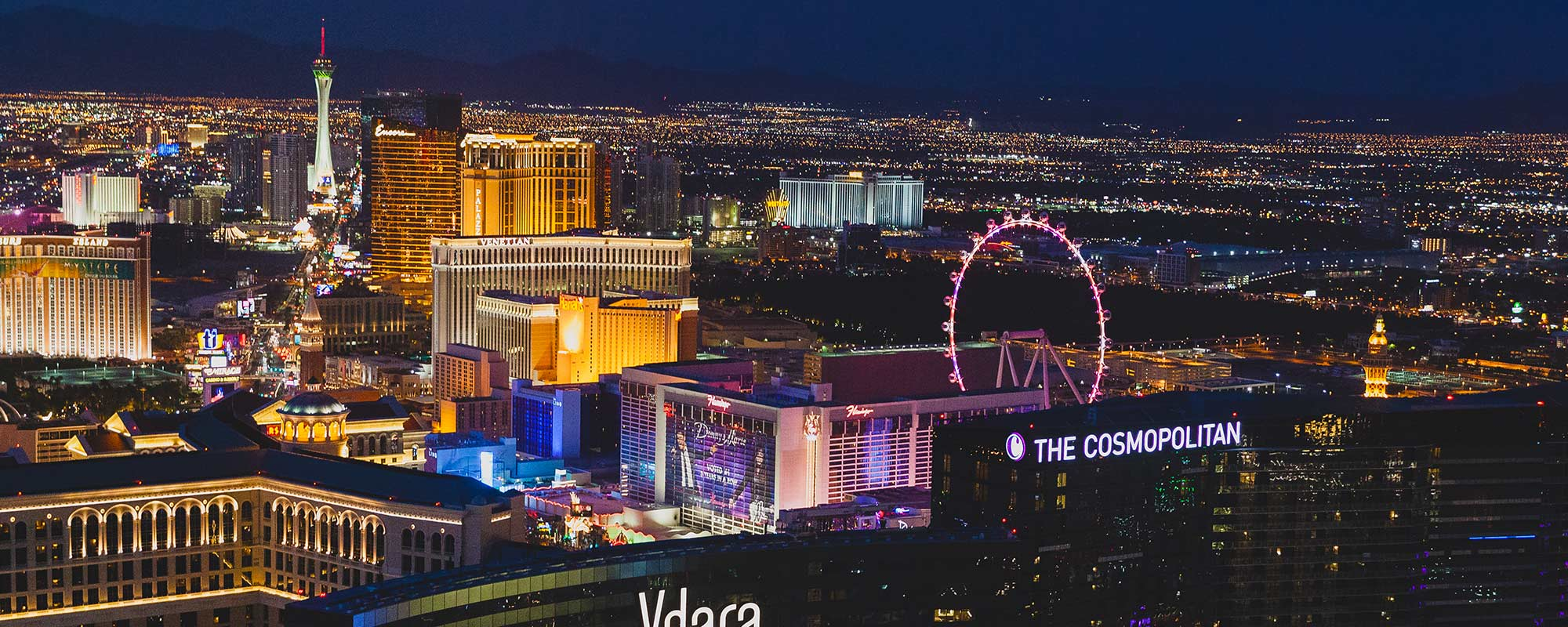 Experience the best stay with Vegas.com to let things fall as per your need