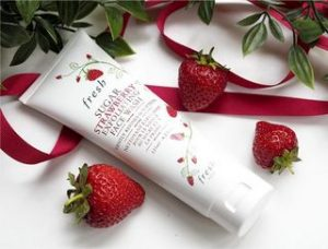 fresh-sugar-strawberry-exfoliating-face-wash